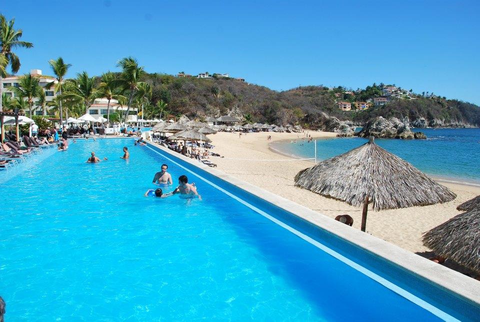 Tangolunda Bay Hotels