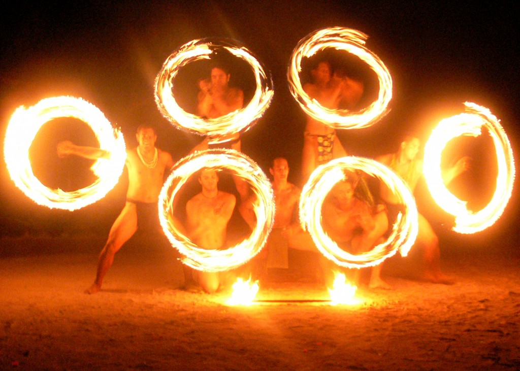 tahiti fire dancers