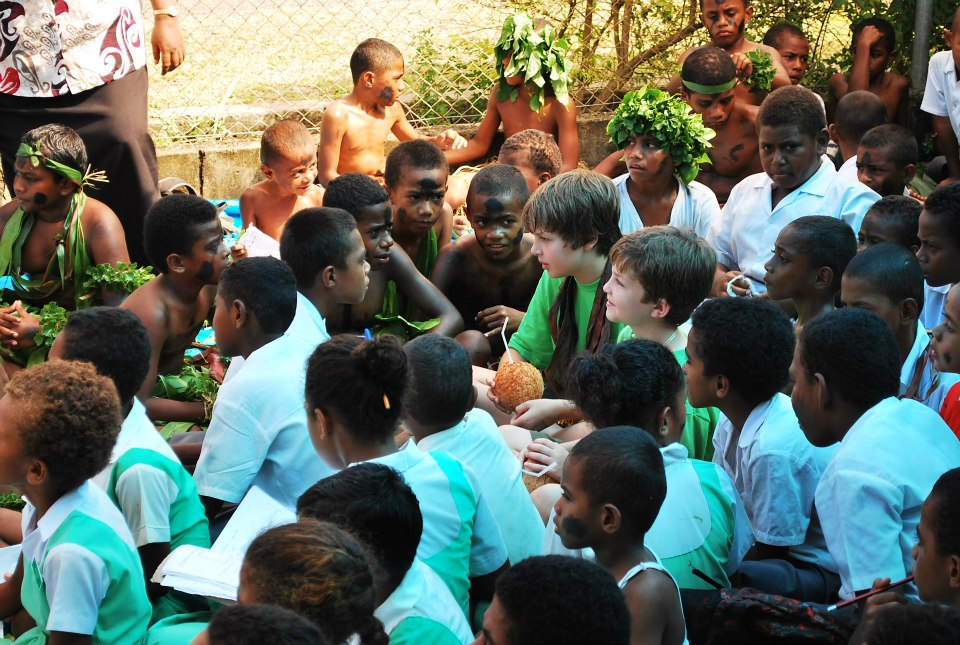Nathan and Seamus with Fijian kids